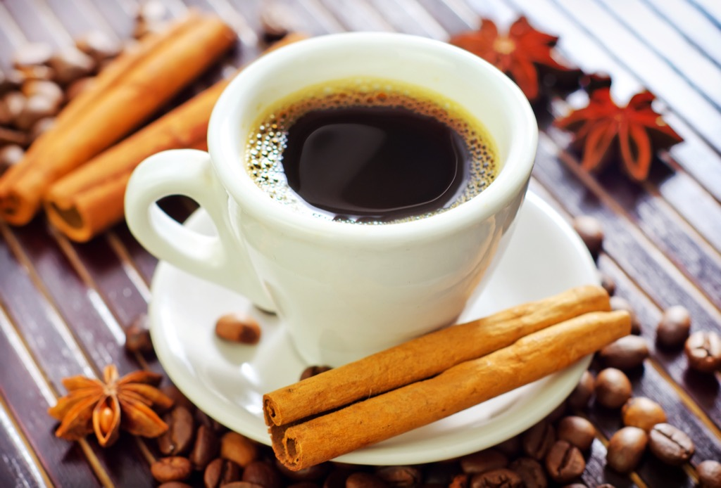 putting cinnamon in coffee is one of the best health upgrades