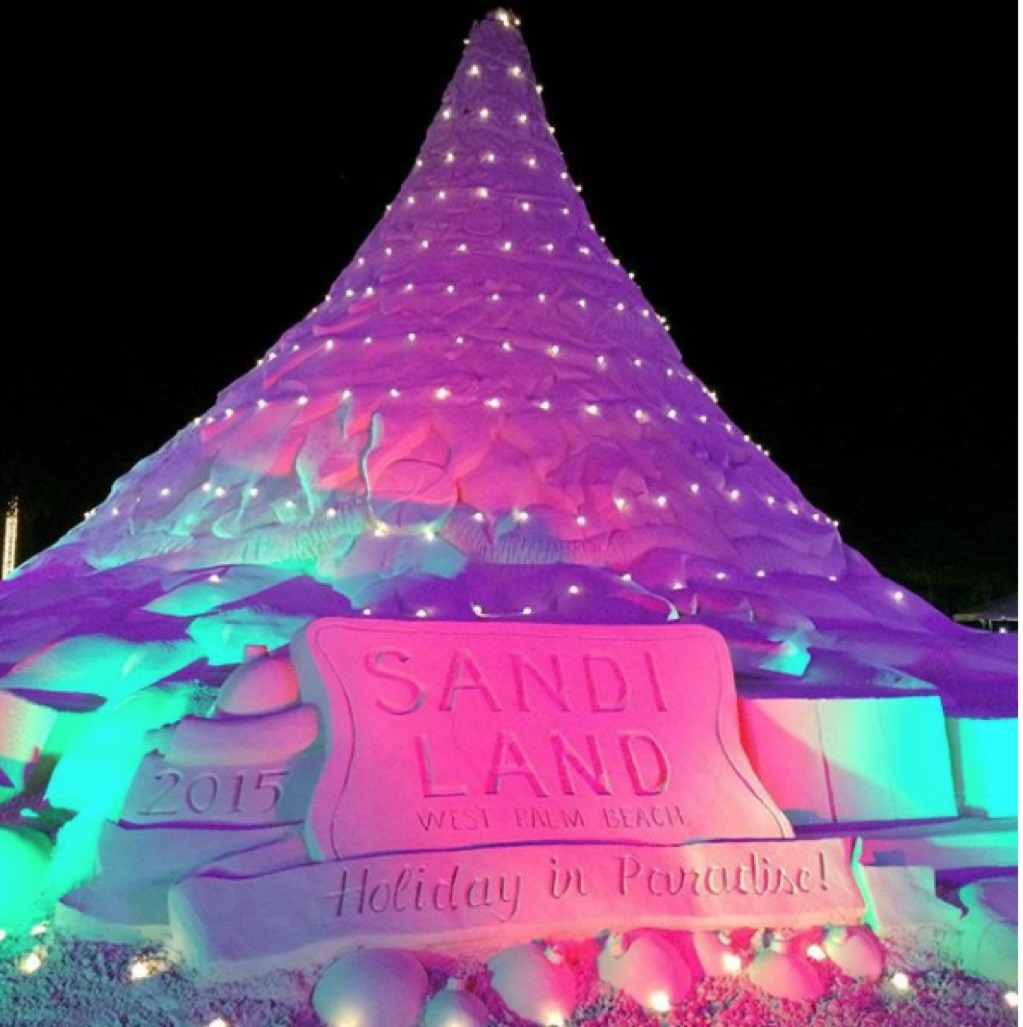 Sand christmas tree in west palm beach, florida.