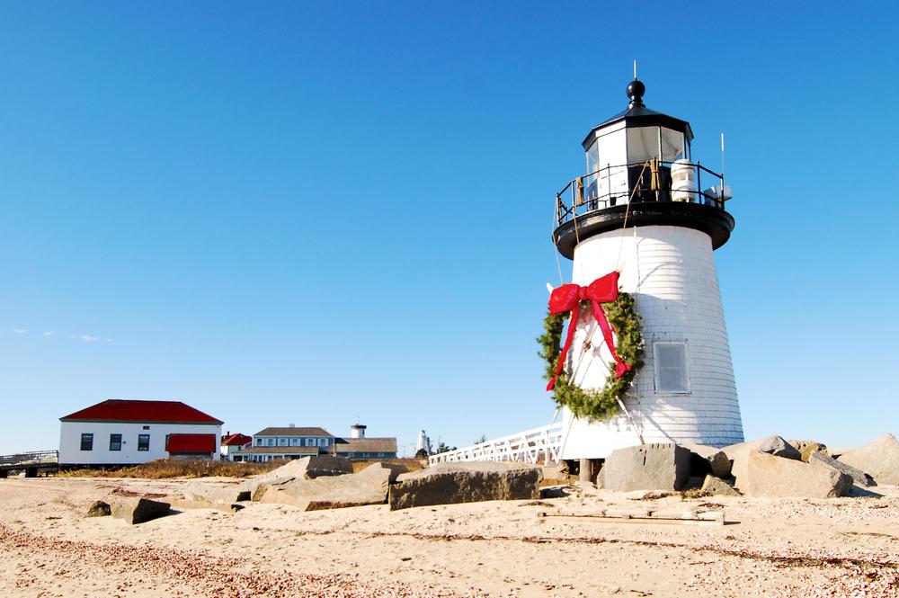 Brant Point Lighthouse in Nantucket / Nantucket Christmas