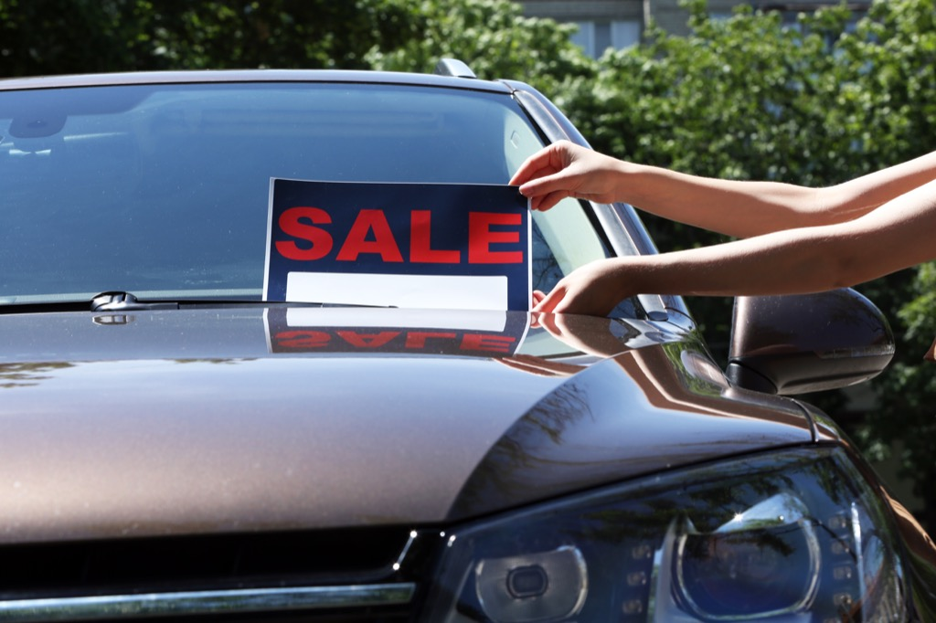 using sharp pricing is a salesperson secret