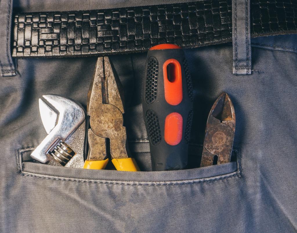 overstuffed pockets is not a good work look
