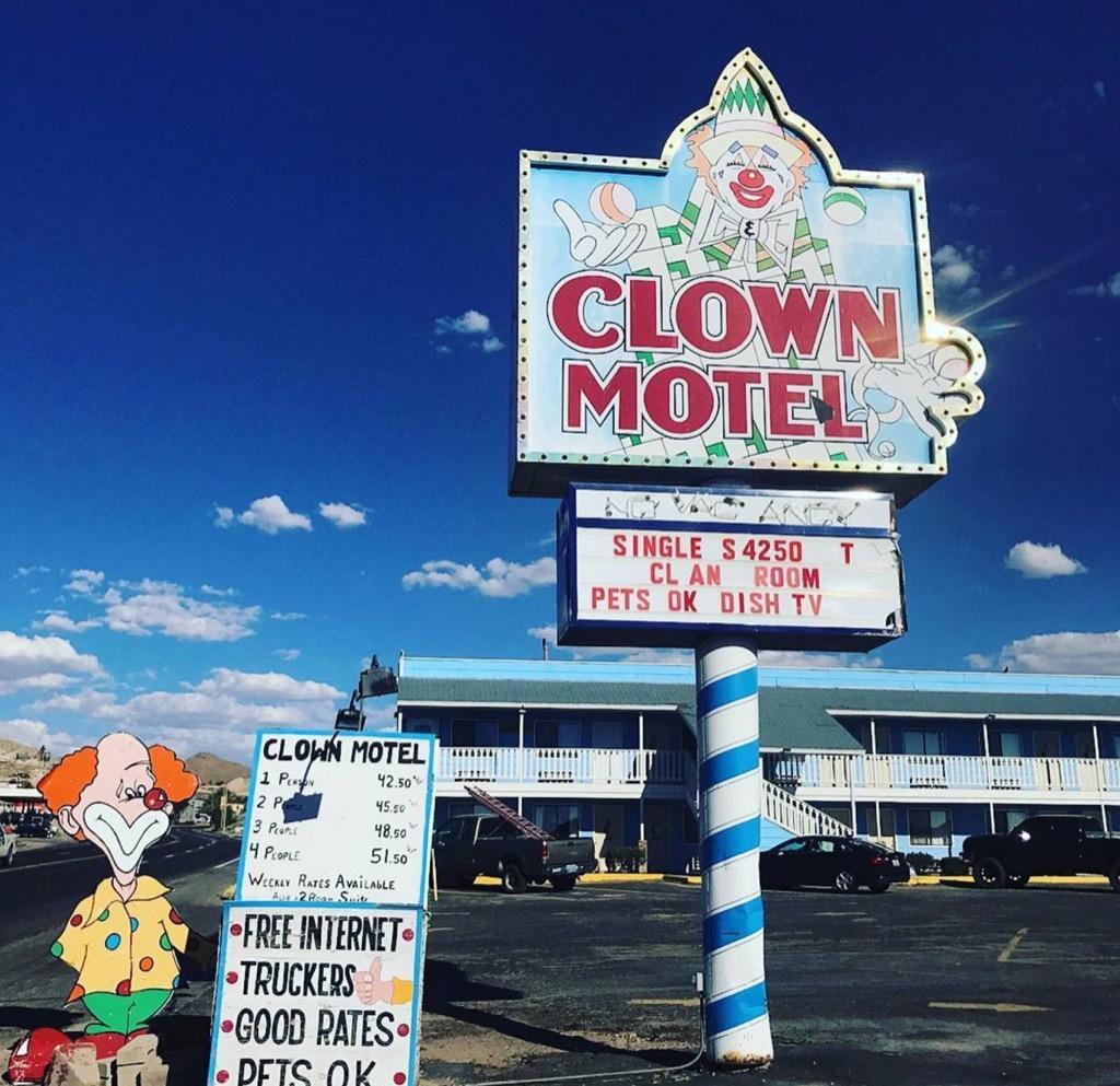 Clown motel roadside attraction