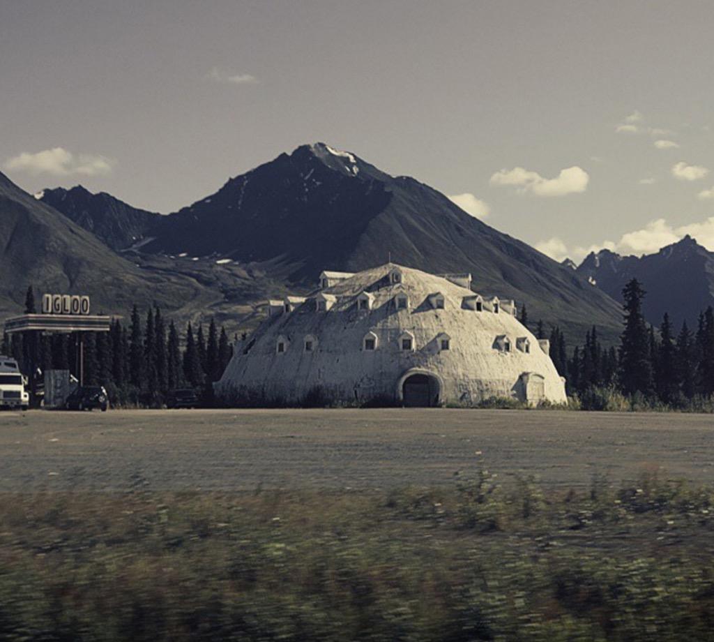 Alaska igloo roadside attraction