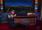 stephen colbert and kate winslet reenact titanic on the late show.