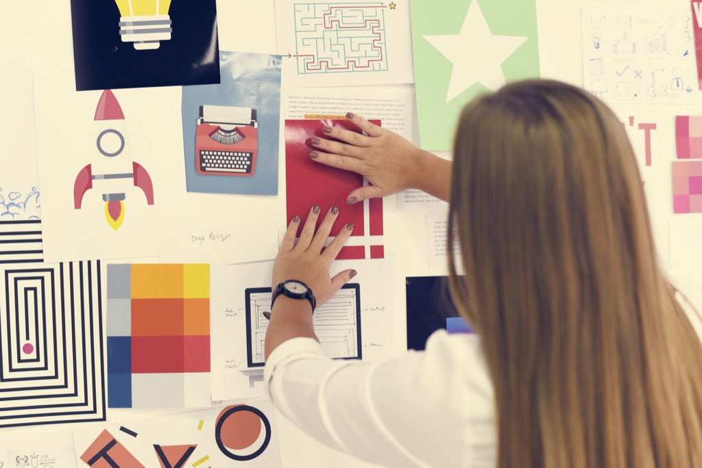 making a vision board boosts your confidence