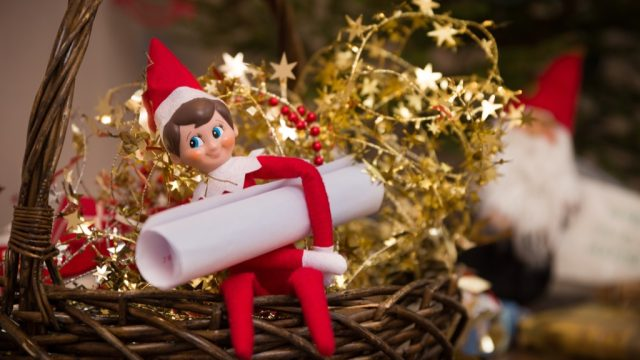 elf on the shelf is a bad xmas tradition
