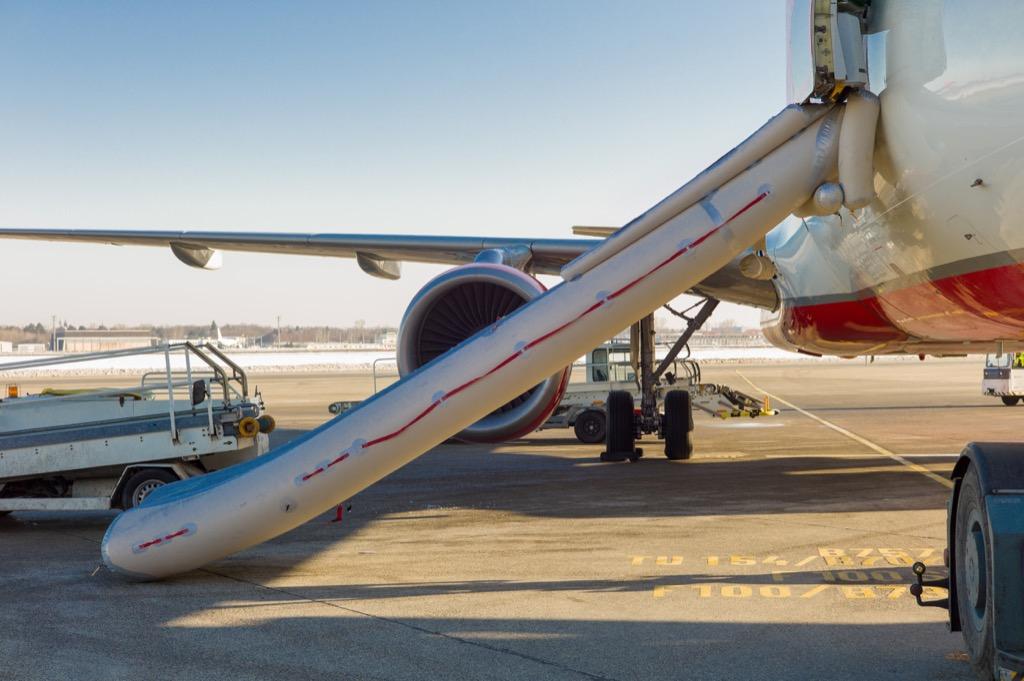 emergency slide airplane