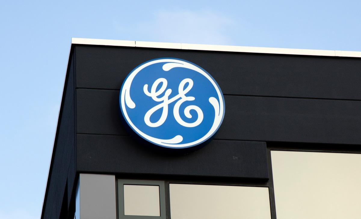 general electric company logo signage