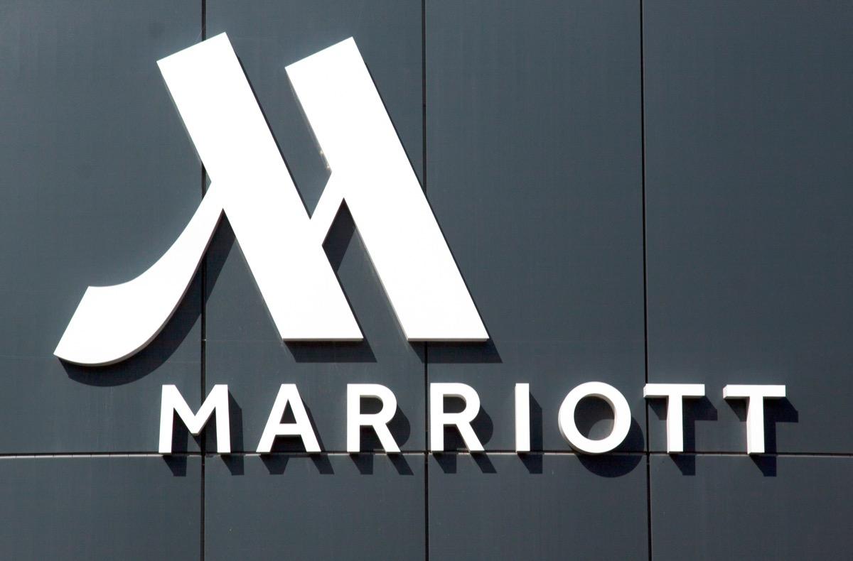 marriott sign for international company
