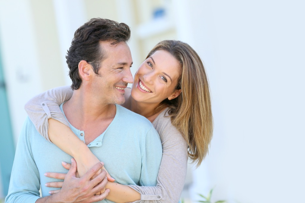 Middle Age Couple, essential dating tips for men over 40