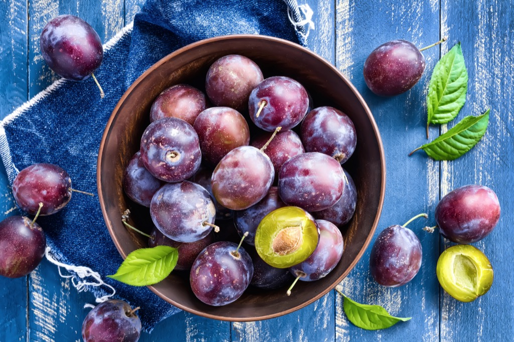 plums are Best Foods for Maximizing Your Energy Levels