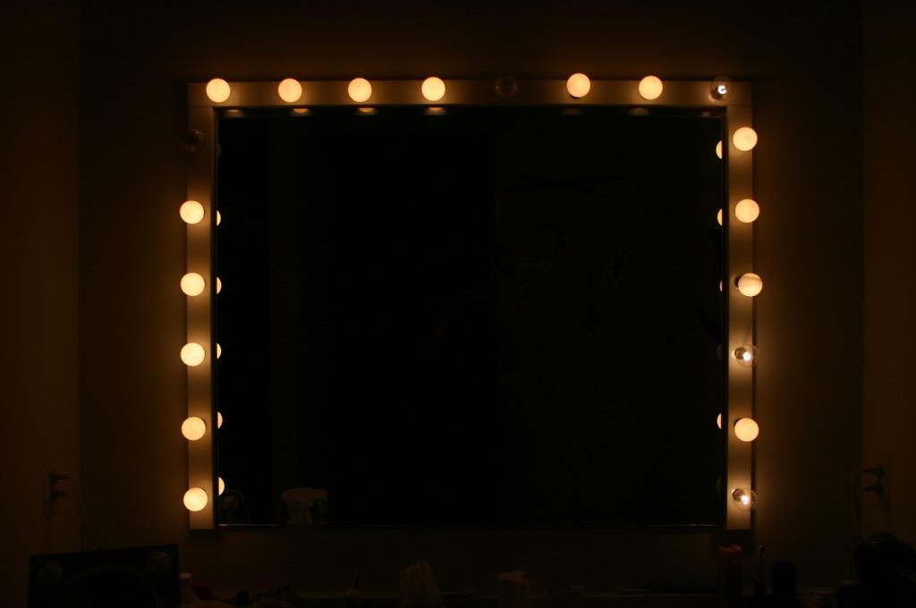 Hollywood Mirror Lights at Home