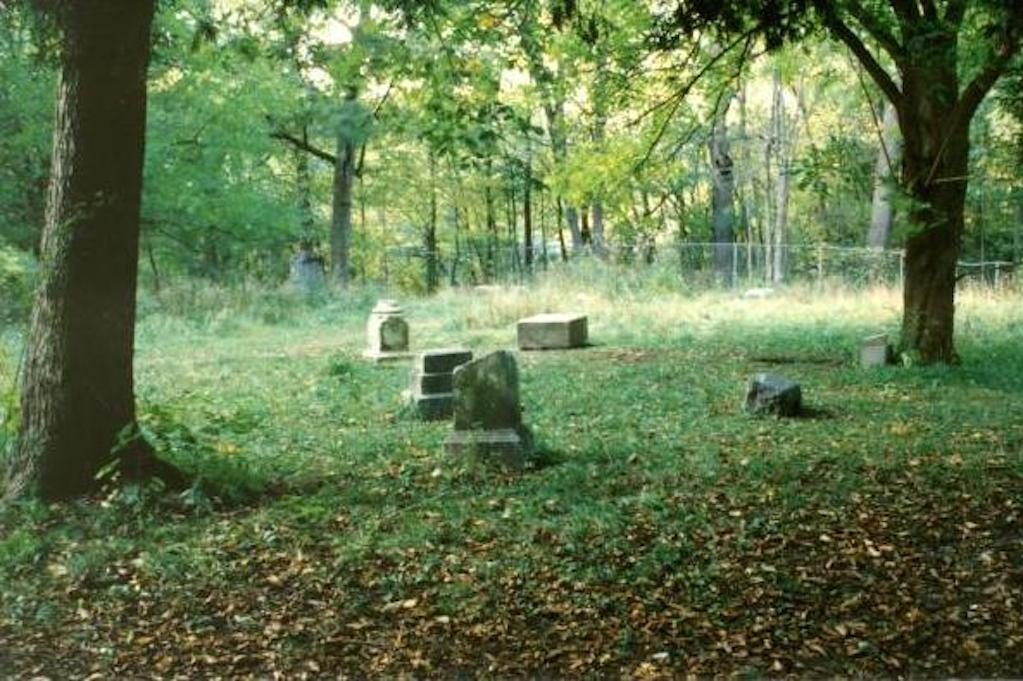 bachelors grove cemetery illinois