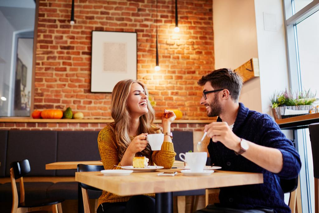 Coffee Date - what men find attractive in women