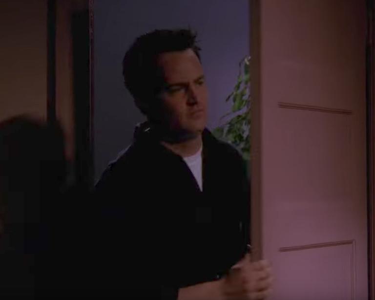 Chandler Miss Congeniality Funniest Jokes From Friends