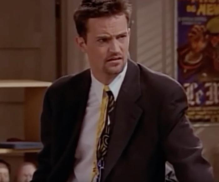 Friends Chandler Eats Chicken Funniest Jokes From Friends
