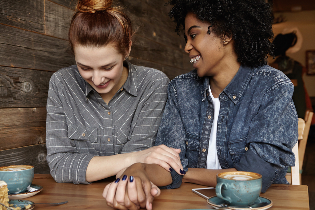 Lesbians in Cafe, things not to say to single people