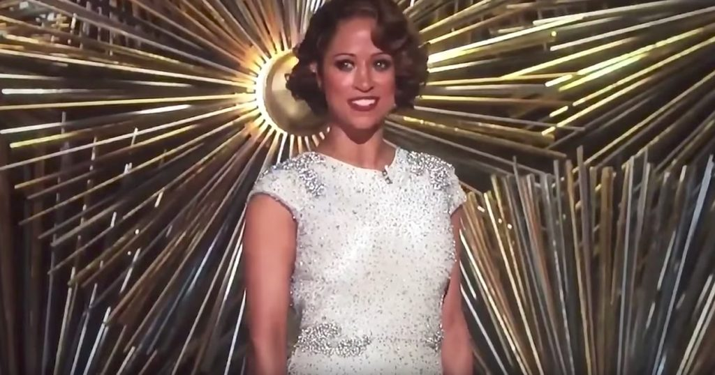 Stacey Dash Awkward Oscars Jokes
