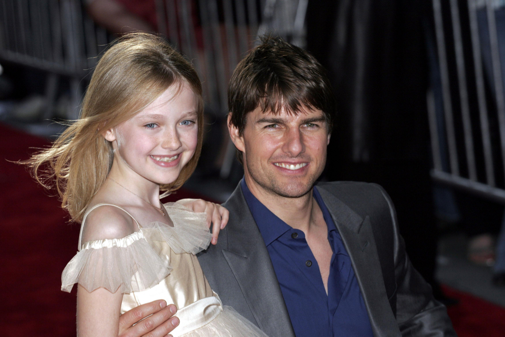 Tom Cruise Dakota Fanning Fascinating Celebrity Friendships