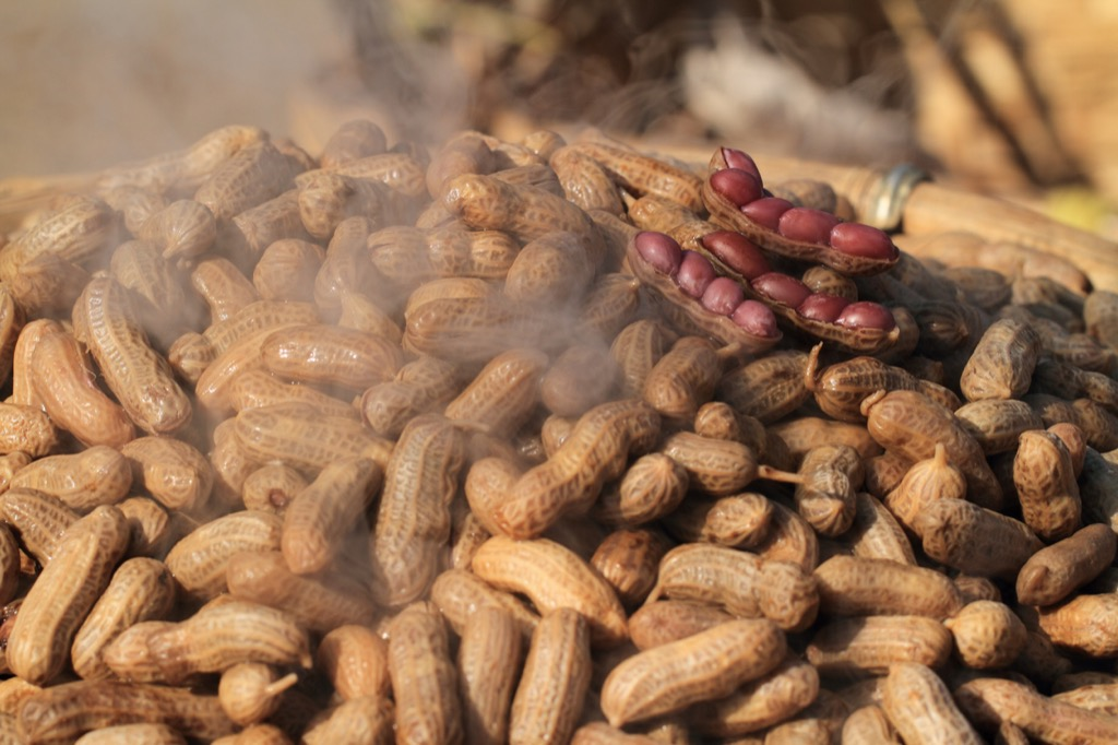 boiled peanuts heart healthy diet