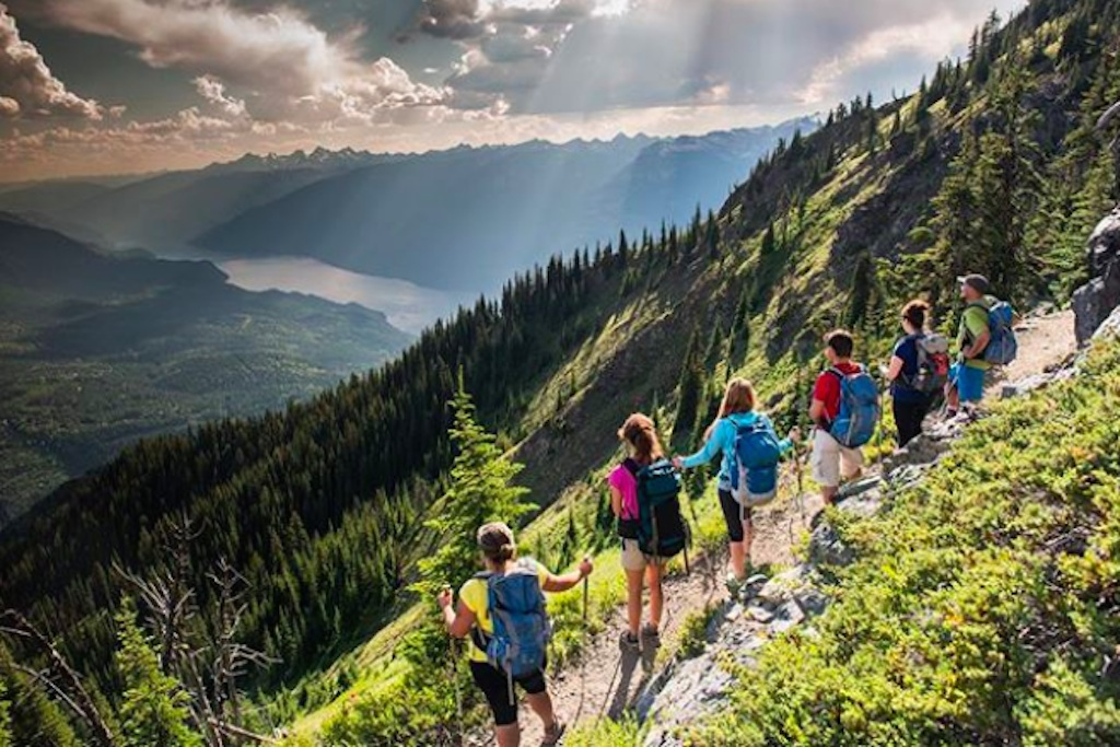 Group Hiking Life in 200 Years