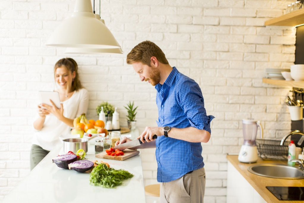 couple cooking Bad Dating Marriage Tips