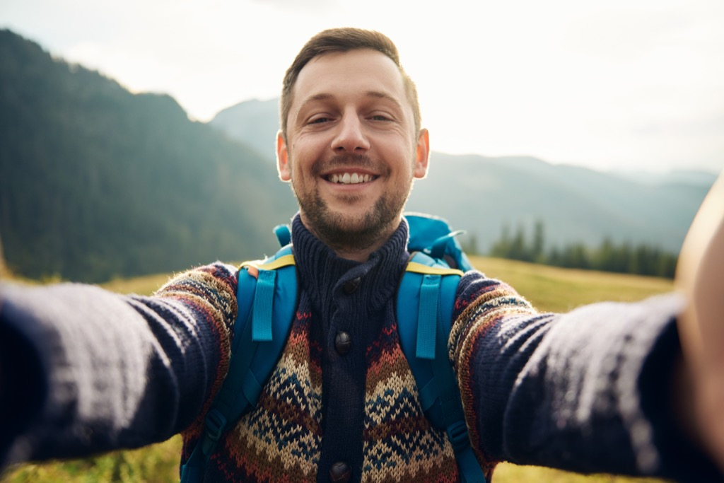 man hiking selfie Being Single in your thirties Amazing Facts