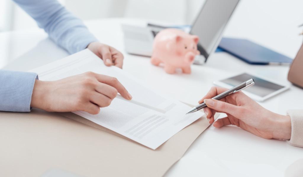 woman and Financial Advisor meeting