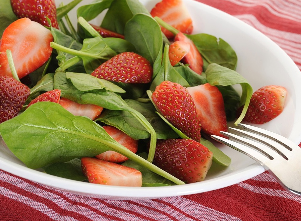 Spinach in salad Lower Blood Pressure