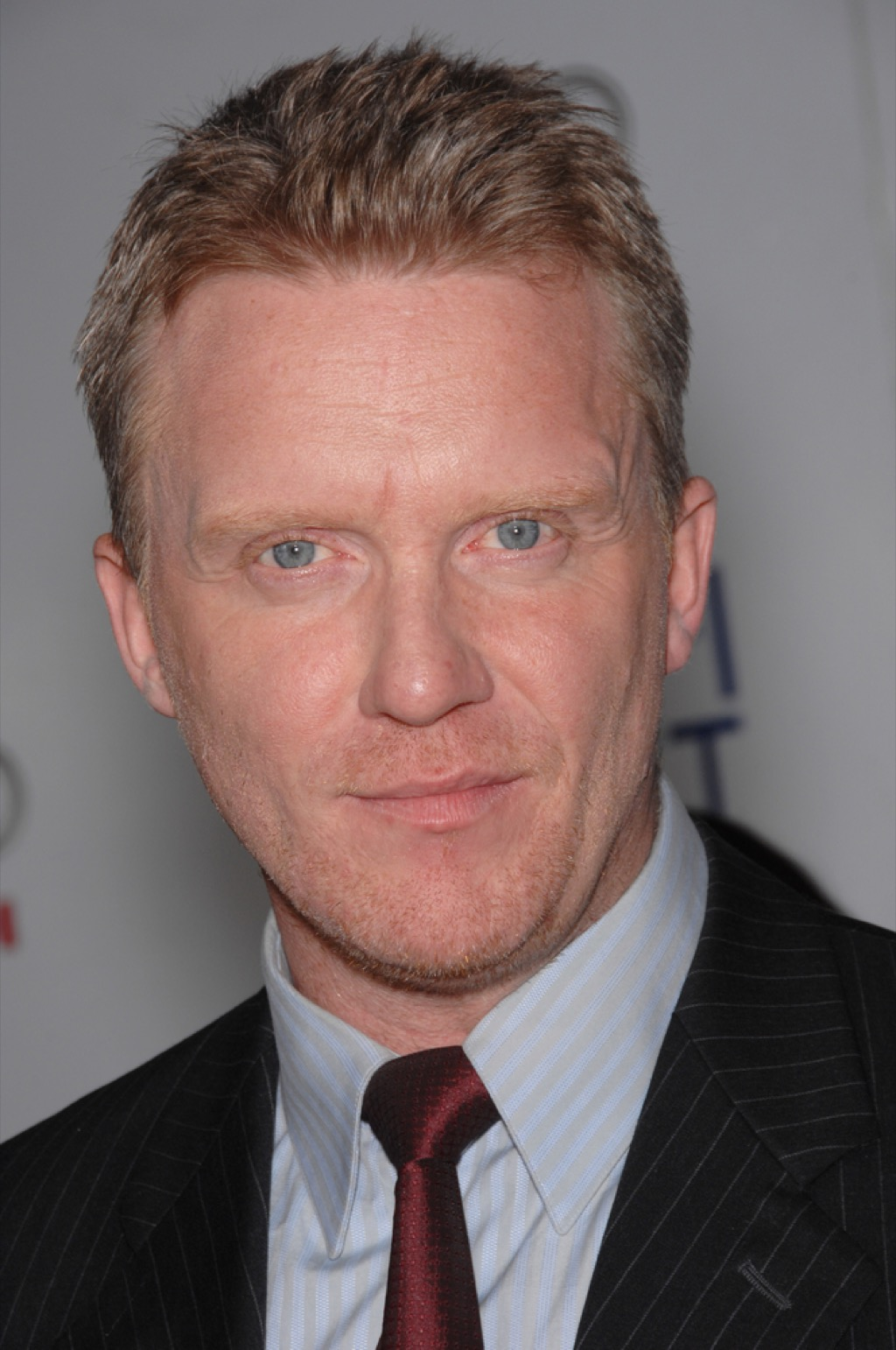 Anthony Michael Hall washed-up actor