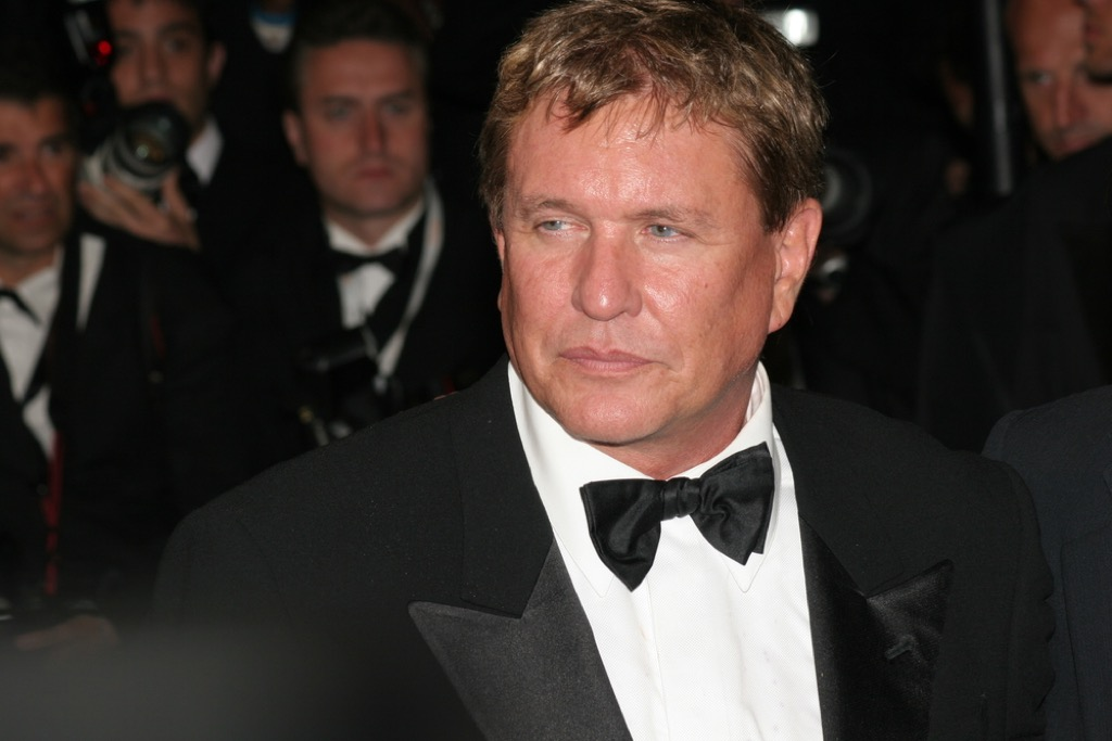 Tom Berenger washed-up actor