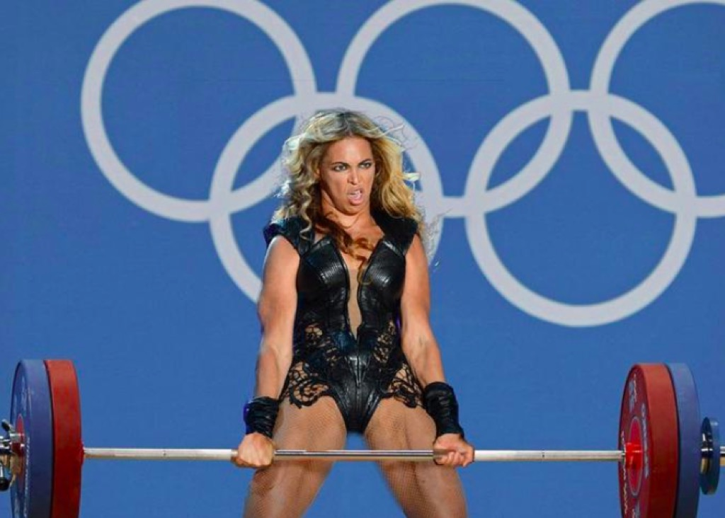Unflattering Beyonce lifting weights