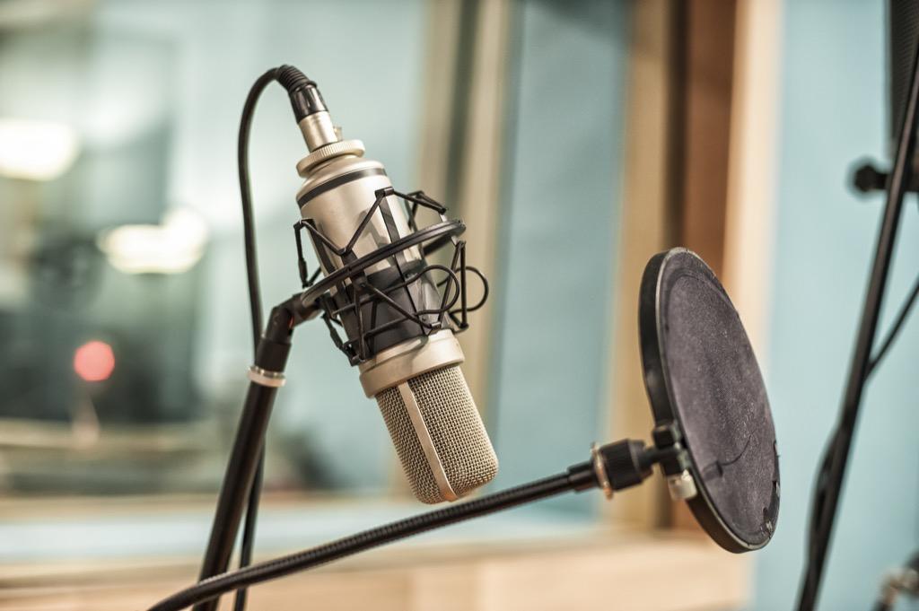 dj radio station life Changed since 2000s
