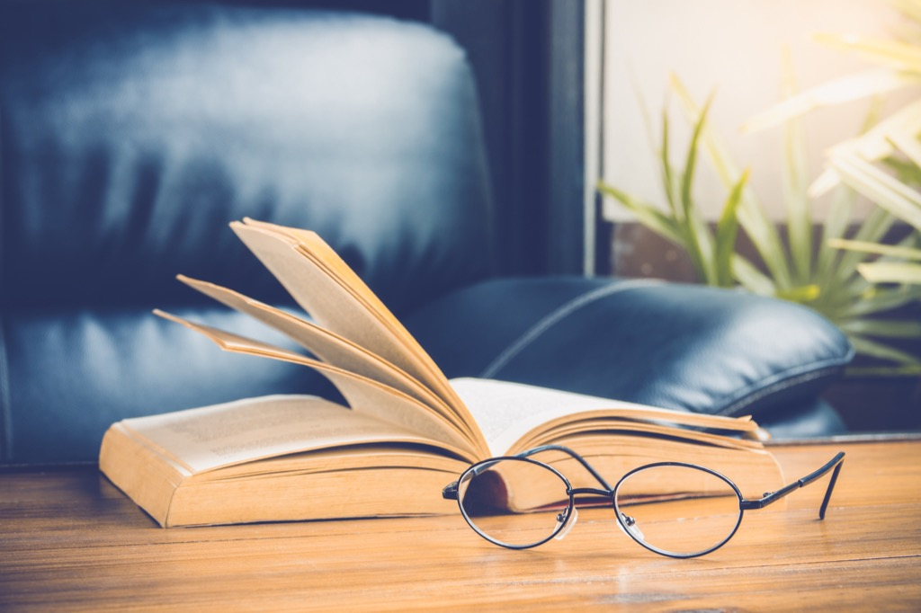drugstore reading glasses, how to make friends after 40