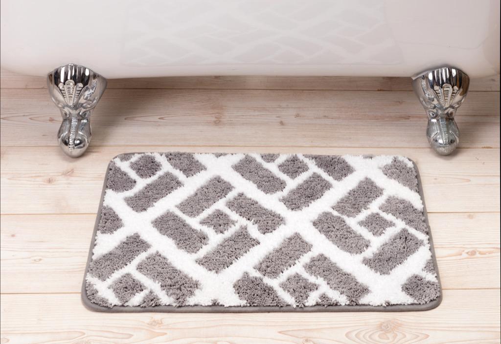 Bath mat things that can make you sick