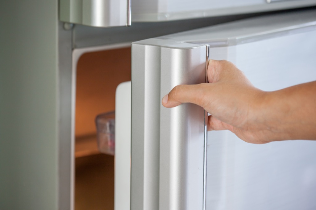 hand reachers for Fridge handle, annoying things people do