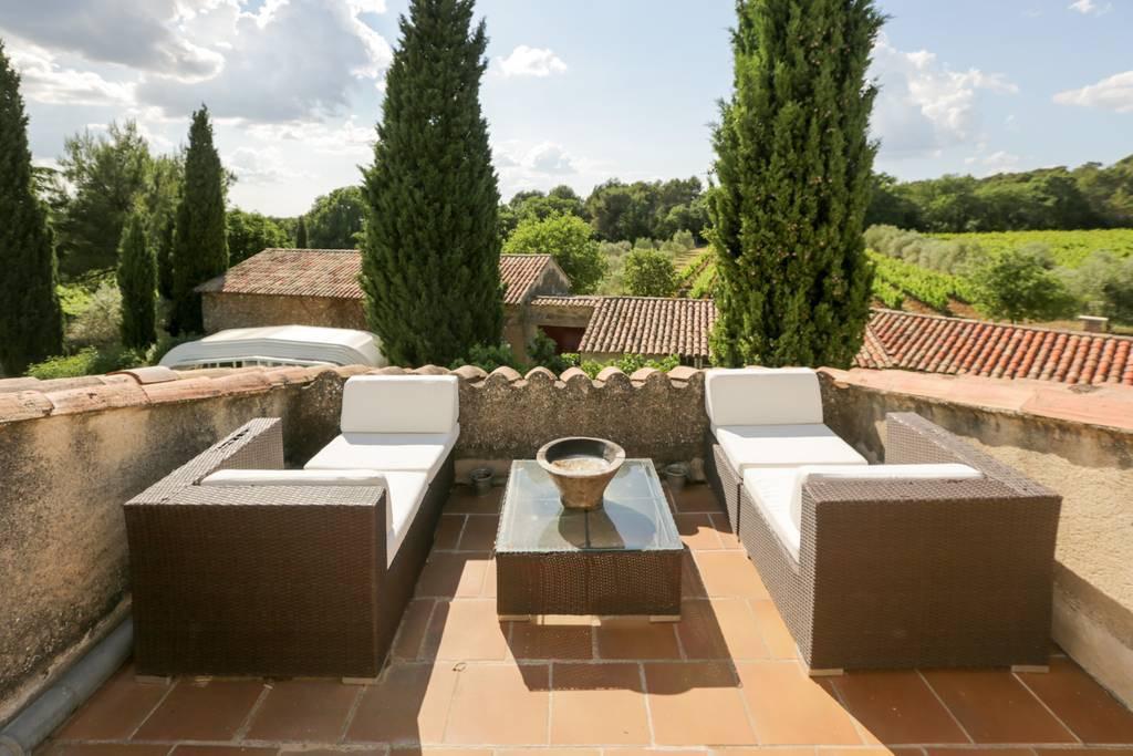 Vineyard Rognes, France airbnb