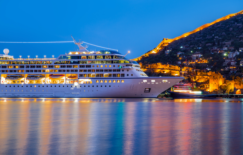cruise ship best family vacations