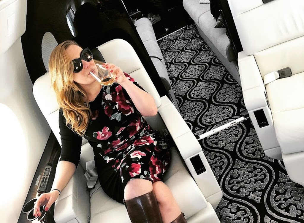 Journalist Diana Bruk on G-5 private jet.