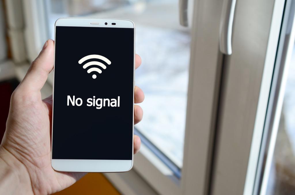 no wifi millennial problems
