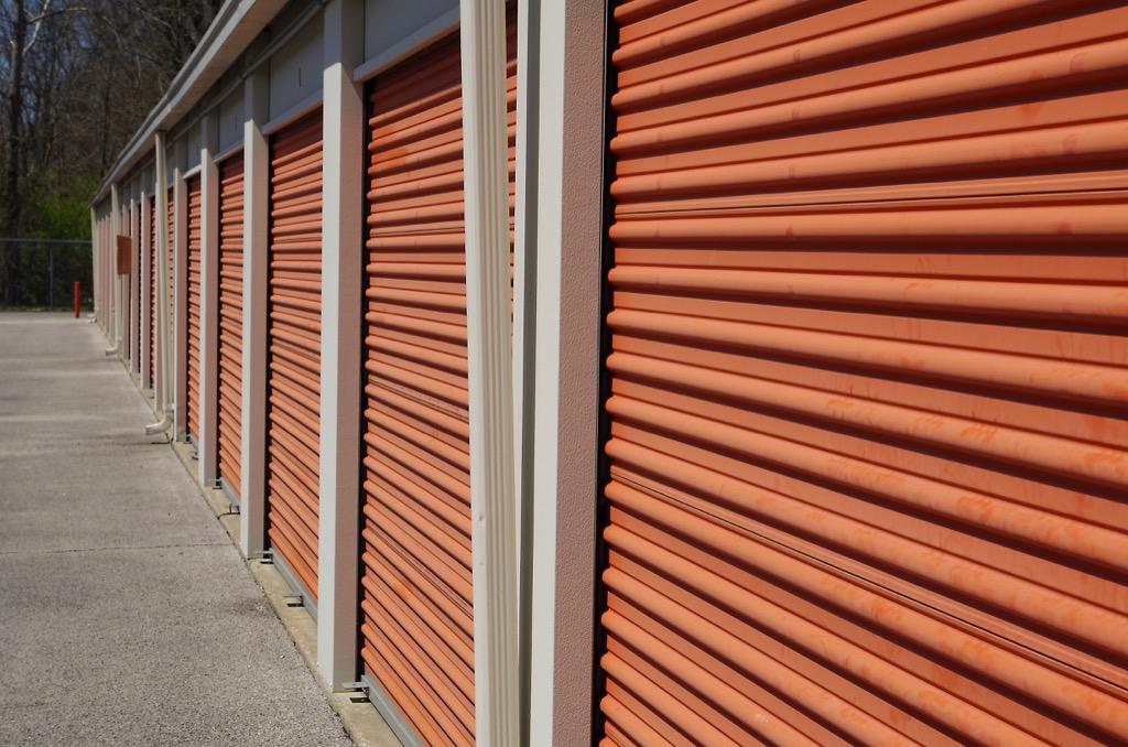 storage unit useless jobs