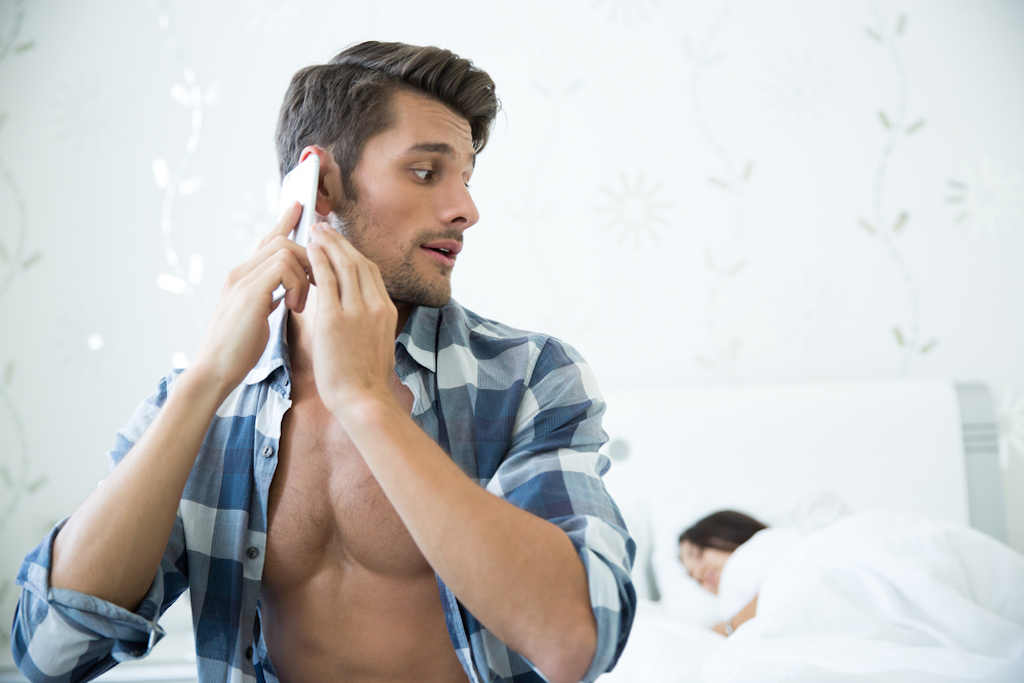 man cheating on spouse