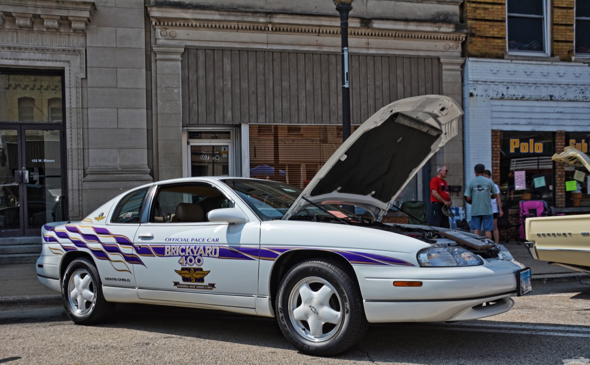 1995 chevy monte carlo pace car