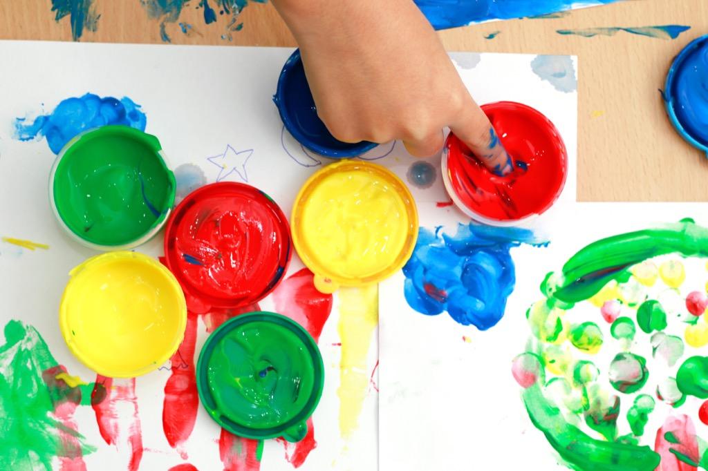 finger painting, get rid of kids stuff