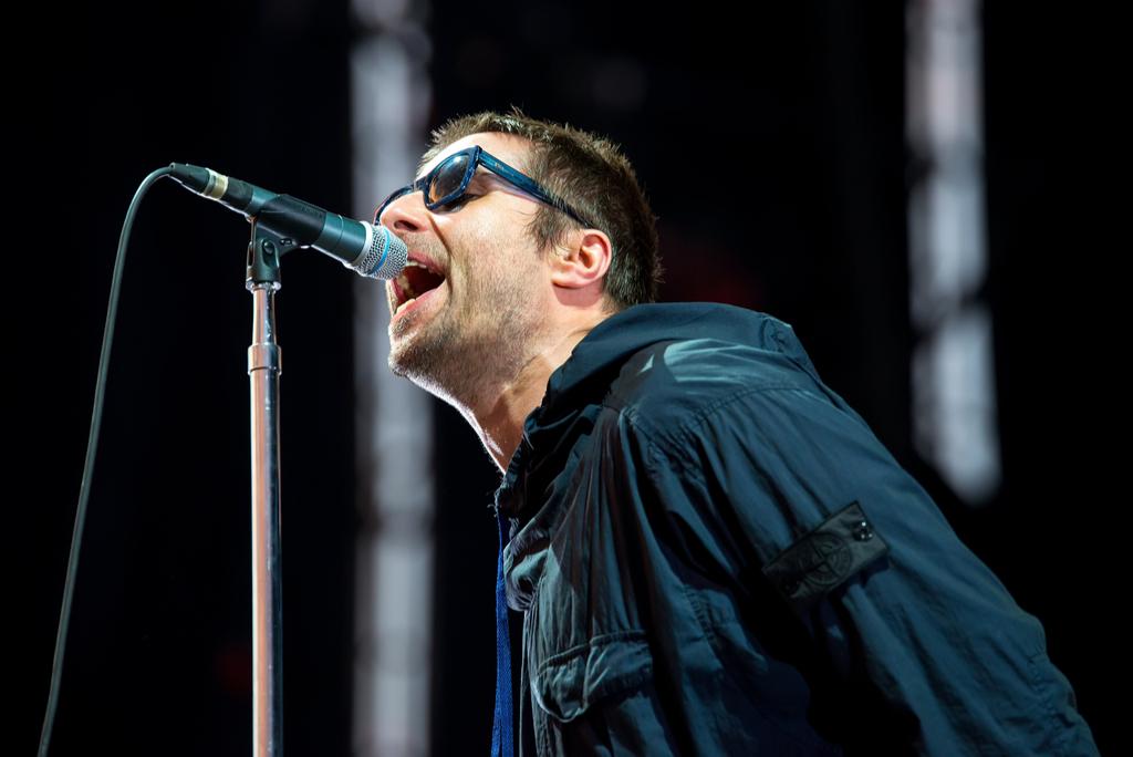 Oasis Liam Gallagher '90s Jokes