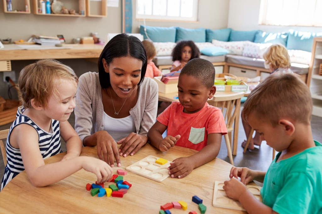 teacher with preschool students, things you should never say to a teacher