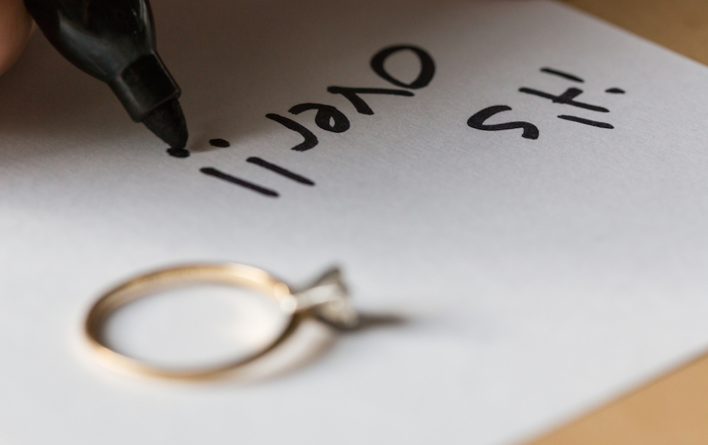 note saying engagement is over