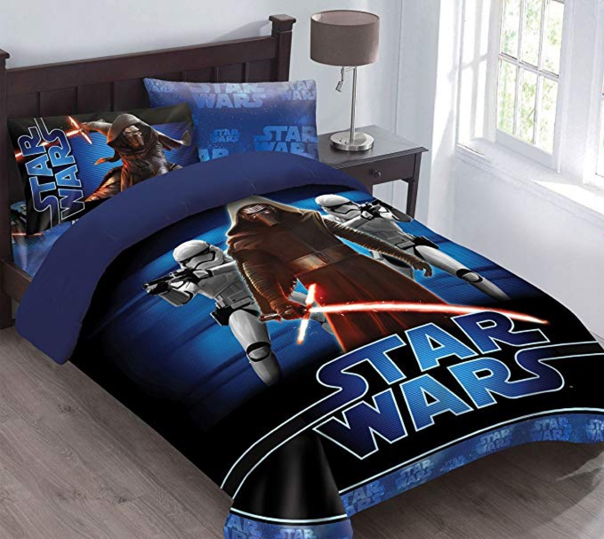 stars wars bed cover, no man over 40