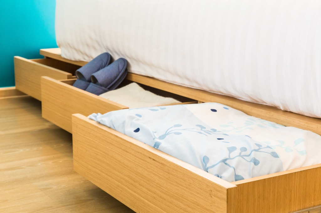 bed storage hacks