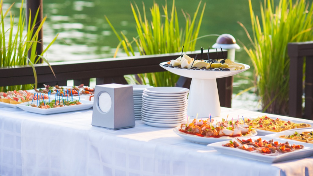 outdoor buffet diy backyard